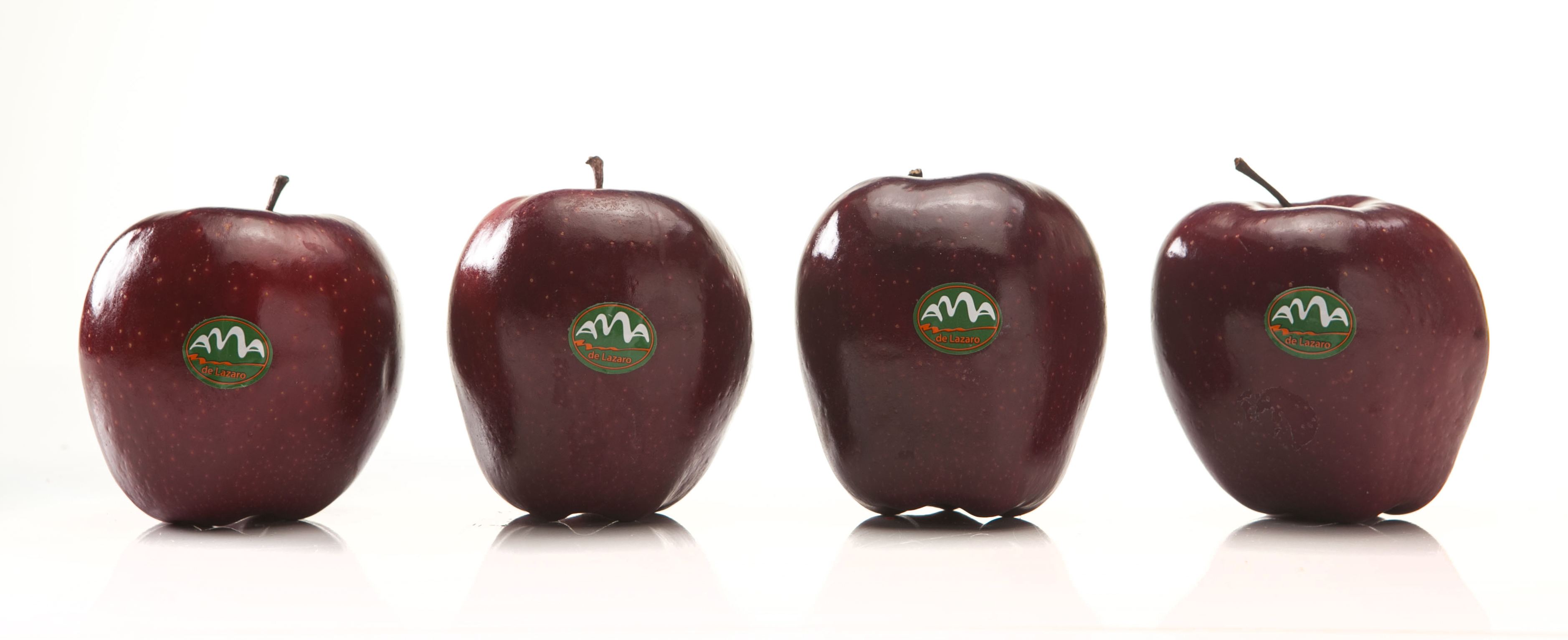 Snowwhite apples – 100 % red color
